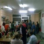 espaiCompromís a gom per a repartir material, sopar i inici de campanya